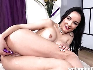 Francys Belle In Glamour Doll At Puffynetwork