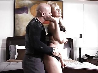 Amazing Blonde Mummy With Big Tits, Julia Ann Likes The Way A Fresh Gardener Is Satisfying Her