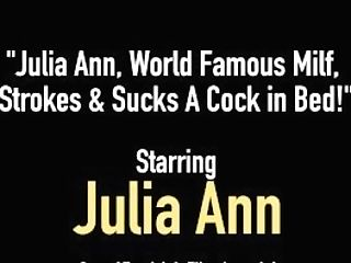 Julia Ann, World Famous Mummy, Strokes & Deepthroats A Pecker In Couch!