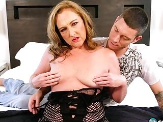 Jessie Reines Is Having Amazing Buttfucking With Her Colleague From Work, After Sucking His Stiffy