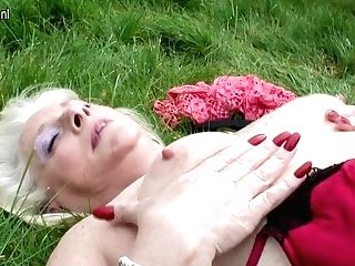 Insane Brit Housewife Playing In The Garden - Maturenl